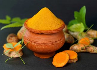 Turmeric-Beauty-Ingredients-for-Face-Mask-with-Recipes-on-passionarticles