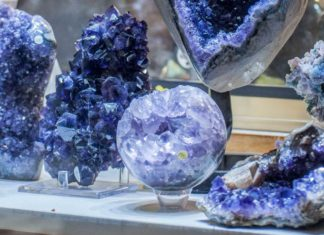 Let's-Know-About-the-Best-Crystals-for-Money-&-Abundance-on-passionarticles